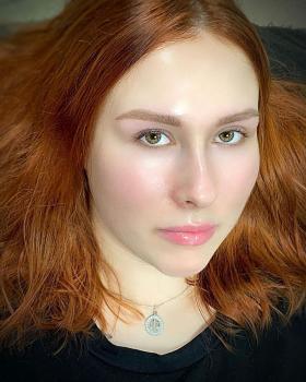Перманентному макияжу бровей больше трех лет